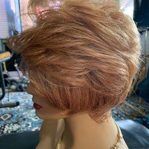 Ashro strawberry blond